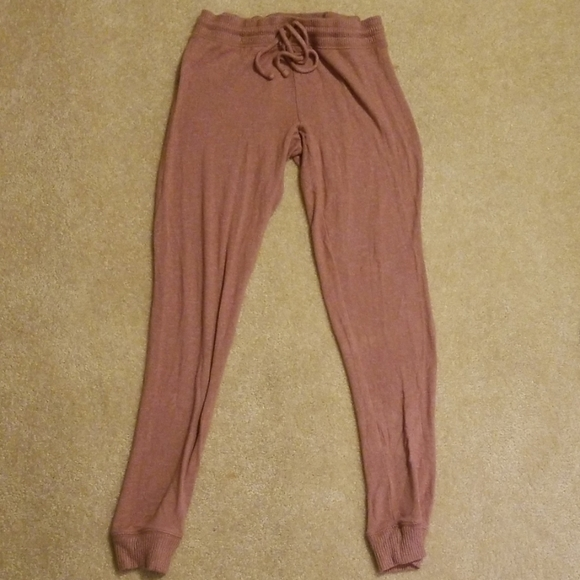 American Eagle Outfitters Pants - The comfiest sweatpants I've ever owned